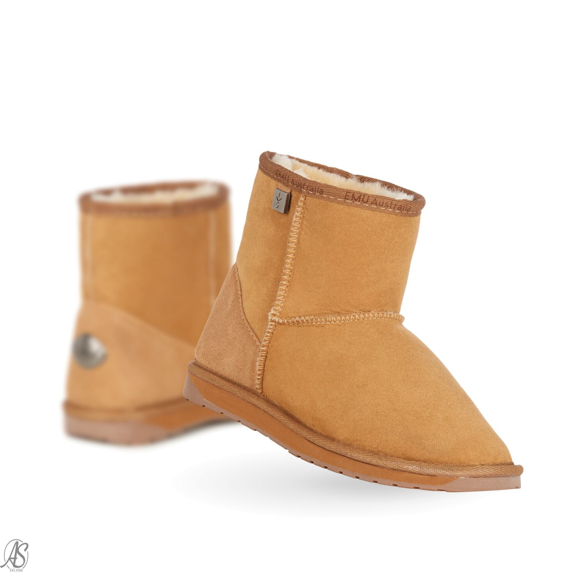 579f008f73e Made from the finest Australian sheepskin, the Darwin is a comfortable boot  with a seam front finish, to keep your feet super warm in winter
