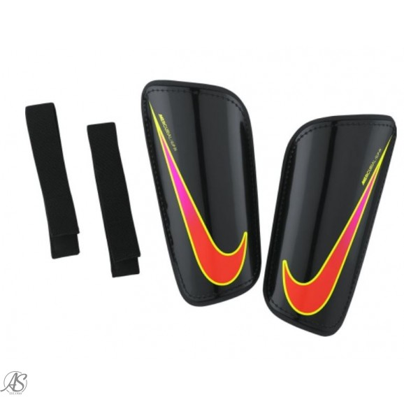 NIKE HARD SHELL SLIP-IN SHIN GUARD
